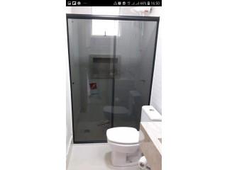 Serviços de vidraçaria em geral