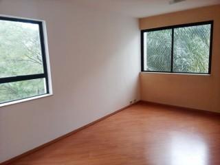 Aluguel apto 2 dorm Metrô Vila Madalena SP