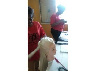 Matriculas gratuitas para o curso de tranças e penteados