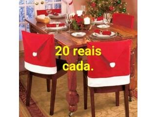 Capas de cadeiras com tema natalino