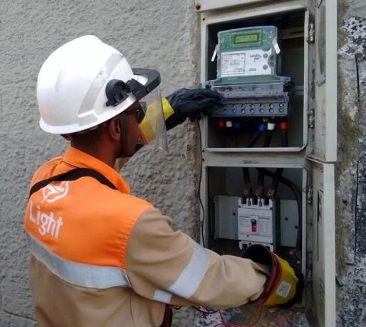 eletricista-credenciado-light-relogio-trifasico-aumento-de-carga-eletrica-toda-big-1