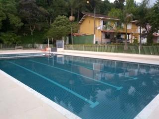 Vendo Casa em Teresópolis RJ - 4 Quartos - 5 Banheiros - Lazer Completo